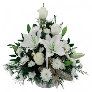 Cesta lilums y rosas blancas